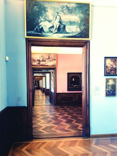 Way forward 🔜 Door Doorway Business Finance And Industry Architecture Indoors  House Home Interior No People Day Frame Built Structure Travel Destinations Vacations The Way Forward Repeating Patterns Doors Pattern, Texture, Shape And Form Old-fashioned 17th Century 16th Century Furniture Photography Antiques Eyeem Architecture Antique Architecture The Architect - 2017 EyeEm Awards
