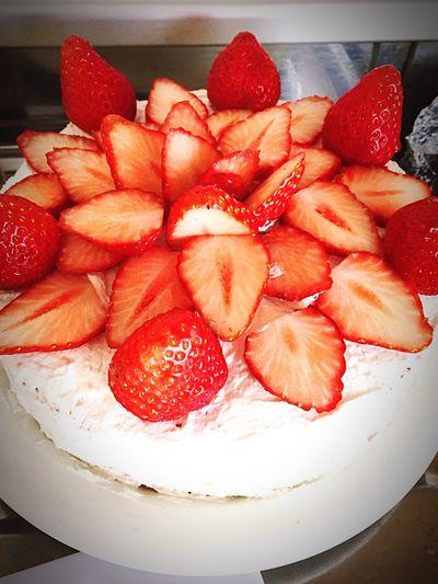 ケーキ プリン いちご ケーキ!!美味しかった〜🎵なんの日でもない。。。ただの。。。あっ!食べるケーキ