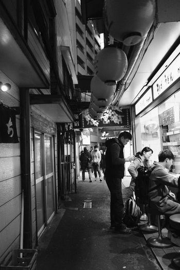 FUJIFILM X-T2 Japan Japan Photography Nightphotography Shinjuku Tokyo Tokyo Night Tokyo,Japan Alley Alleyway Black And White Fujifilm Fujifilm_xseries Monochrome monochrome photography Night Shinjuku,tokyo Street Street Photography Streetphotography X-t2 思い出横丁 新宿