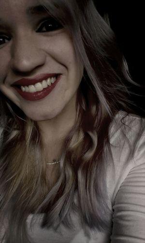 Trago sorriso estampado pois já chorei demais. Me Selfie Paraná Girl