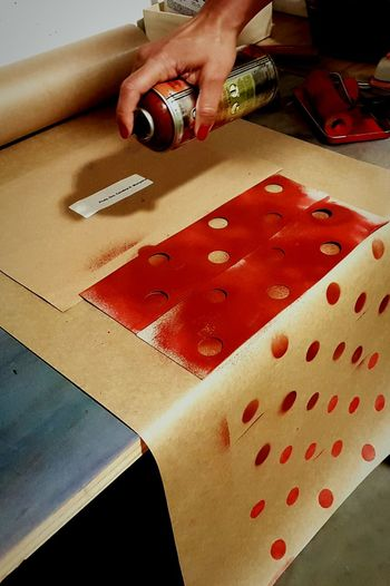 Handmade For You Red Indoors  Human Body Part Hand Handmade Close-up Only Women Human Hand Adult Decoration Party Celebration Gift Christmas Time Do It Yourself Spray Paint Kraft Paper Paper Workdesk Handmade For You