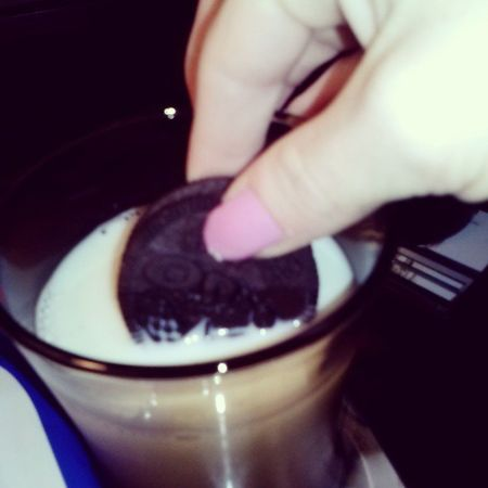 Fatgirlproblems Myweakness Oreos Milk @lilstackevans