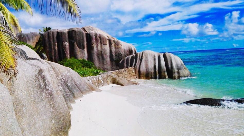 Connected By Travel Ladigue Seychelles Seychelles Islands Seychellen Hollyday Ferien Rock - Object Atlantic Ocean Atlantischer Ozean Beauty In Nature Sea Sky Travel Destinations Beach Strand Plage Africa Afrika