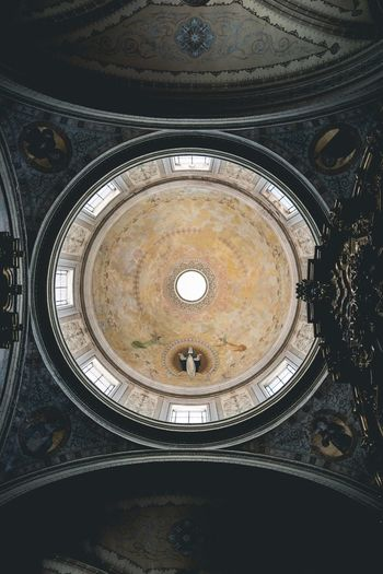 Perspective. Concentric Backgrounds Full Frame Circle Close-up Architecture Directly Below Geometric Shape Skylight Semi-circle Cupola Ceiling Architecture And Art Architectural Detail Architectural Design Roman Numeral Chandelier Circular