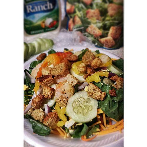 Salad tonight...ya girl got skills lol Nopinterest Salad Yum Chefdee Foodtography