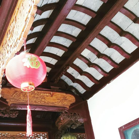 Lantern Hanging Low Angle View Built Structure Architecture History Religion Travel Destinations Travel Sozhou Spring 2017 Quality Time Enjoying Life Architecture Building Exterior