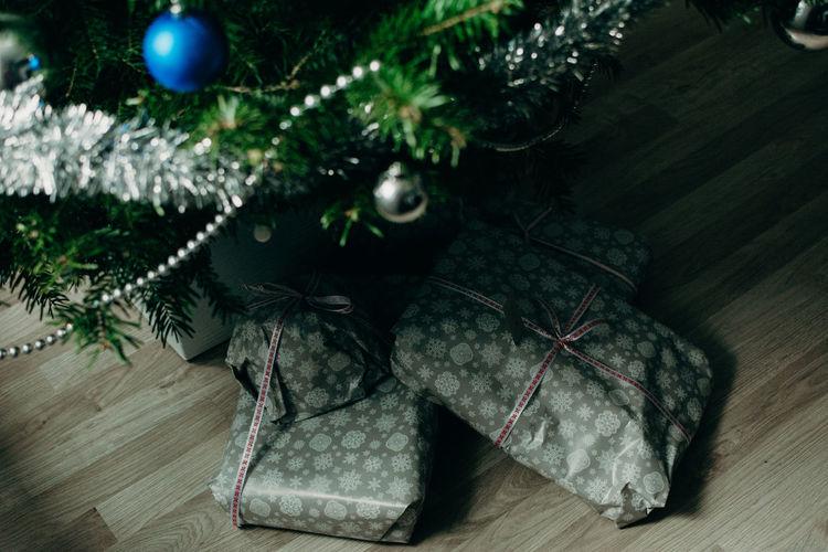 Gifts ❤ Present Presents Christmas Gifts Christmas Decoration Tree Christmas Ornament Christmas Celebration christmas tree Close-up Decoration Bauble Fairy Lights Christmas Bauble Christmas Lights