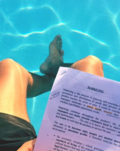 Hellospring Exams Pool Poolhouse 3days Until Apocalypse Keepcalm Business English 🏊🏽📊📑🔆