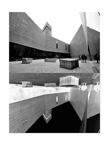 All About Angles 7 DeYoung Museum Courtyard  Entrance Fine Arts Museum Golden Gate Park Bnw_corner Bnw_friday_eyeemchallenge Reflection Monochrome_Photography Monochrome Black & White Black & White Photography Black And White Black And White Collection  Illuminated Inverted Peope Gathered Architecture Architectural Detail Perforated & Dimpled Copper Plates Façade Drawn Stones Seating Smoke Tinted Glass Observation Tower Building Exterior Sky The Architect - 2018 EyeEm Awards
