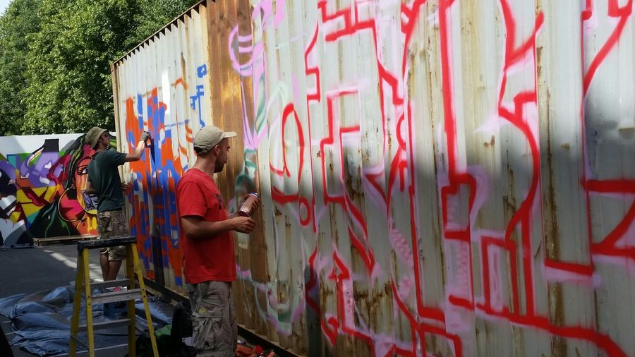 Graffiti Graffiti Writers Hanging Out Street Photography Meeting New People Enjoying Life Love Street Art Community Art Different Styles Urban Art