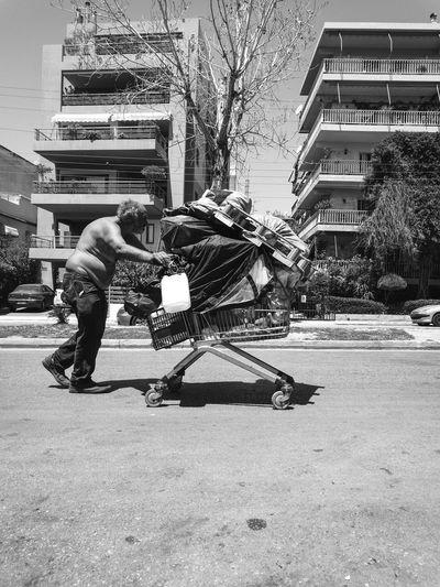 Struggle Urban Urbanphotography Streetphotography Street Photography Blackandwhite Black And White Black & White Bnw People Struggle Real Life Athens Athens, Greece Greece Life The Street Photographer - 2016 EyeEm Awards
