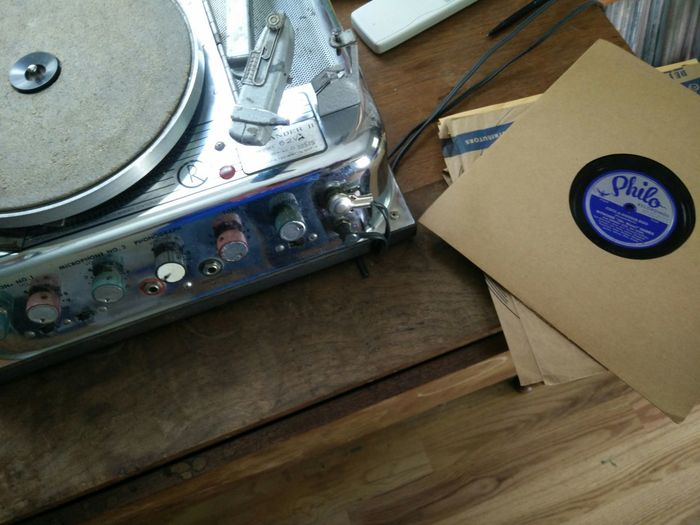 old records Wax, 78s, Hanging Out LFK