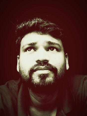 Selfıe Close-up Black Background Headshot Beard