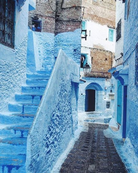 Extremly beautiful, Chaouen . Thank you for sharing your picture with us @chernigova see you soon. Tag a friend. 👇🏻❤ @thebluepearlchefchaouen Thebluepearlchefchaouen