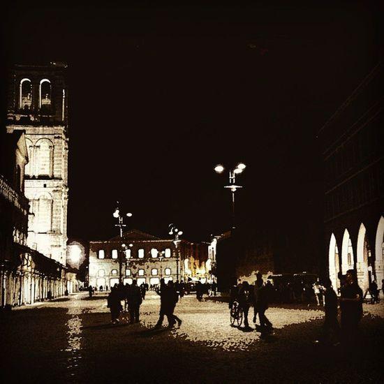 Nuovafe_night Ferrara Ferrarabynight Piazzaduomo Listone Igersferrara Iger_ferrara Picsart Photooftheday Photomypassion Instalove Instaart Instalike Instaferrara Follow4follow Followme Like4like Instalike Instacity Volgoferraradinotte