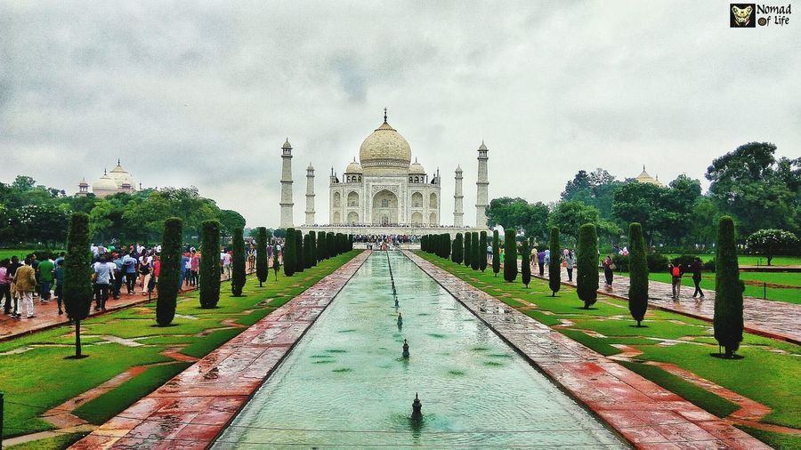Taj Mahal is just breathtaking 🇮🇳 Sky Travel Destinations Cloud - Sky Architecture Built Structure Dome Tree Day Outdoors Building Exterior No People Politics And Government Taj Mahal, Agra Taj Mahal Photography Dramatic Sky Travelgrams Symmetry Traveldiary2017 Eyeemphotography Beauty In Nature Architecture History Tranquil Scene Scenics