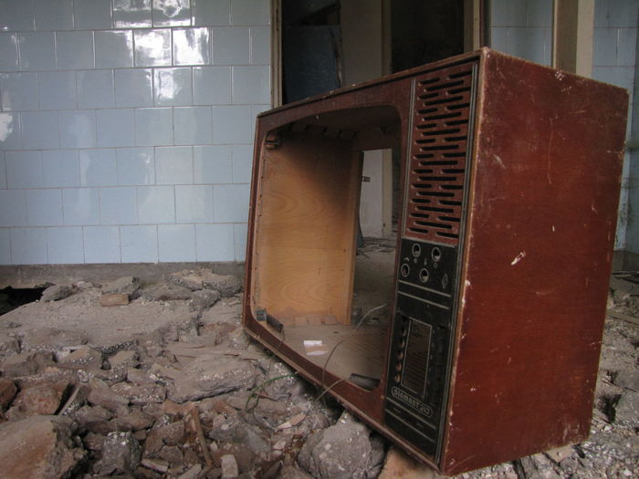 Abandoned Architecture Bad Condition Built Structure Damaged Day Decline Deterioration Domestic Room Flooring Indoors  Messy No People Obsolete Old Open Ruined Run-down Technology Television Tile Wall Wall - Building Feature