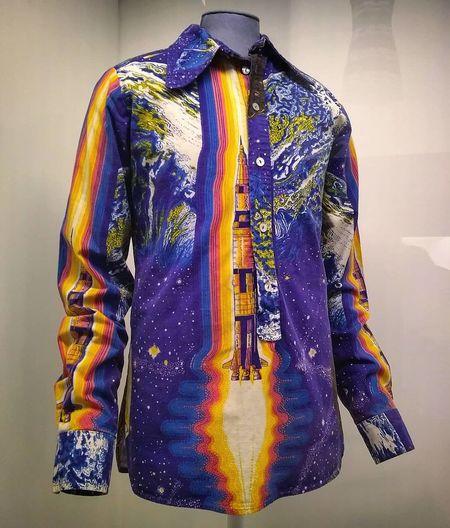 Revolution. 1966-1970 Seventy Anni70style Arte Musica Design Moda Psychedelicart Spaceart Suit Females Fashion Clothing Youth Culture Fashion Model Silk Menswear
