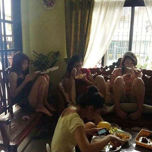 Multitasking ??? Photo taken by Mama ? Justnow