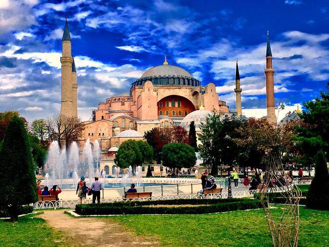 Built Structure Spirituality Tourism Famous Place Ayasofya (Hagia Sophia) Ayasofyamüzesi AyasofyaMuseum Istanbul The Great Outdoors - 2017 EyeEm Awards