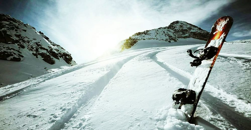 Winer Snow Vacations Winter Outdoors Cold Temperature Beauty In Nature Cloud - Sky Only Men Day One Person Mountain Close-up Sky People