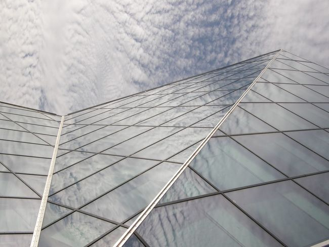 Architecture Building Exterior Built Structure City Clouds Glass Glass Building Modern Sky Skyscraper Surrealism Adapted To The City Minimalist Architecture