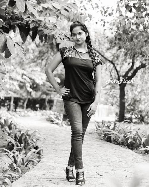 """ Portraits "" Portrait Outdoor Portfolio Desi Girl Indiandress Folio Indiangirl Pose Model Indianmodel Fashion Photographer Gulfam Fotofinch Followme Like YOUPIC Instaphoto Fashionista Portraits PortraitPhotography Click Fashionblogger Photo western dress makeup makeupartist"