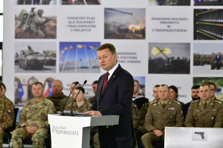 Polish Army Government USA Army NATO Summit 2018 Group Of People Standing