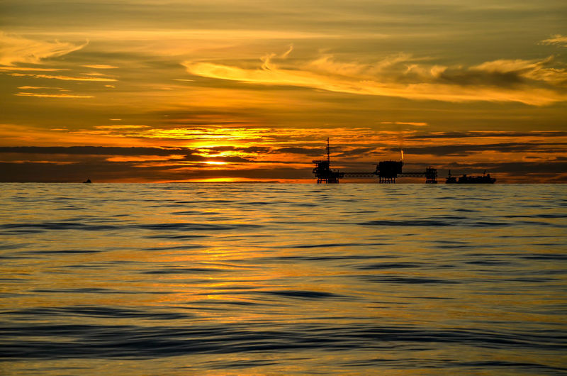 Light And Shadow Offshore Oil Rig Oilfield Sea And Sky Seascape Sunrise Sunset Sunshine
