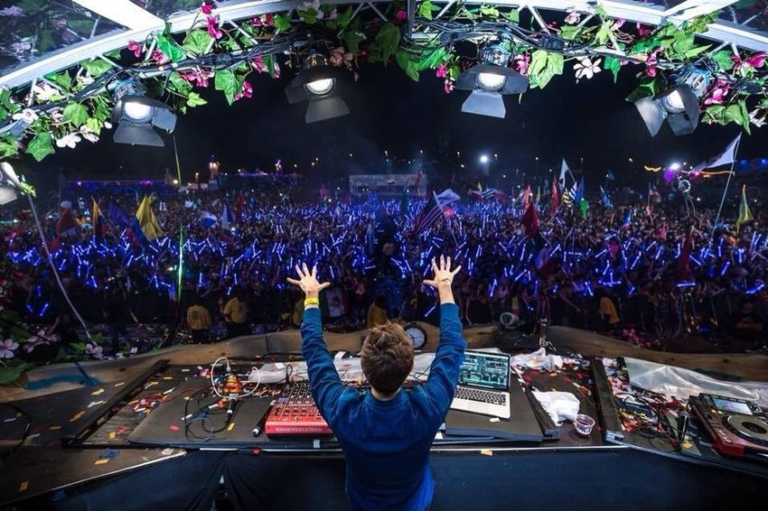 Tomorrowland ❤️ Party Enjoy Disco Paradise