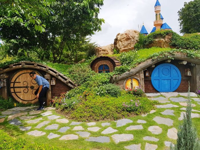 Dream World Hobit's House Connected By Travel