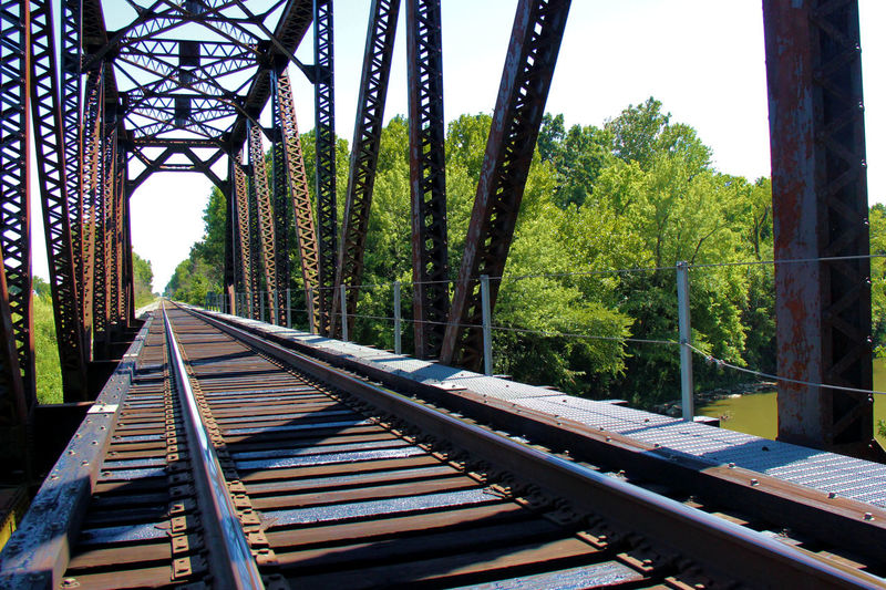 Railway tracks leading towards railroad tracks
