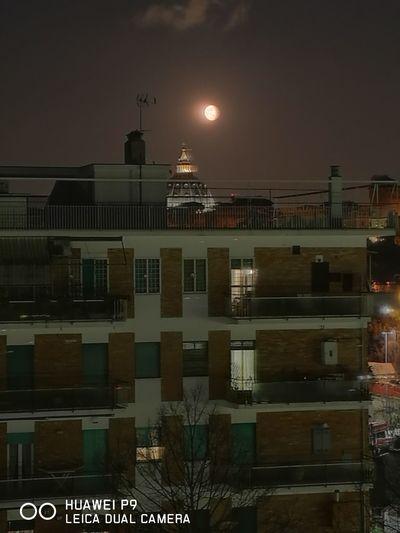City Roma San Pietro Di Notte Con Luna Sopra