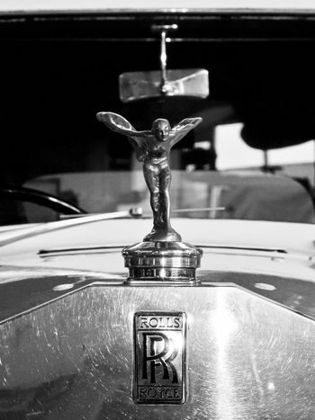 No People Close-up Faucet Indoors  Emily Spirit Of Ecstasy Rolls Royce Oldtimer Oldie  Mode Of Transport The Week On EyeEm Hello World EyeEm Best Shots Background Defocus Wanderlust Car Upper Class Focus On Foreground Angel Kühlerfigur Full Frame EyeEm Selects Bnw Blackandwhite Change