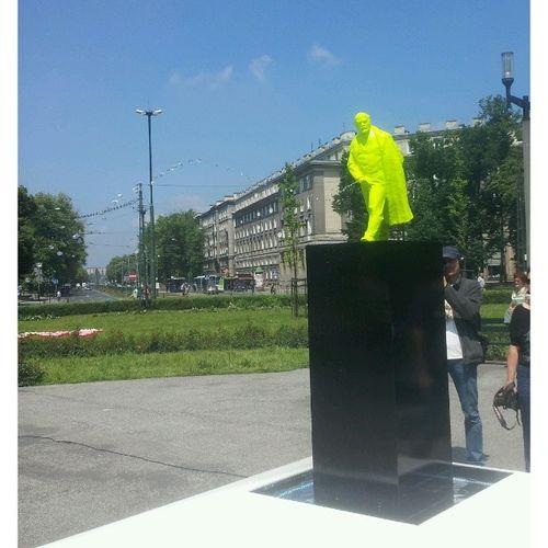 Sikający Lenin. Artboom Nowahuta WOW Modernartissomodern