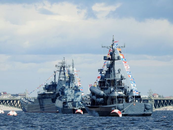 Ships⚓️⛵️🚢 Military Russian Navy River Day Of Navy Navy EyeEmNewHere EyeEm Selects Neva Sank-Peterburg Russia