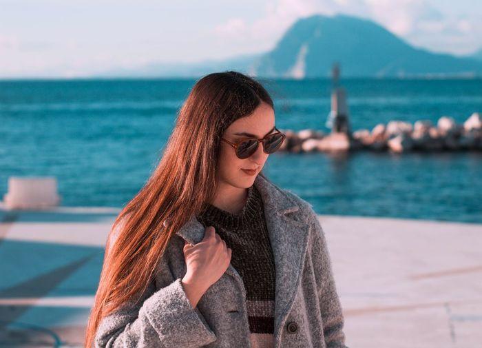 girl with sea