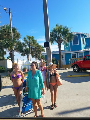People Of The Oceans Gulf Of Mexico Ocean Panama City Beach Tourism Portrait Gulf Coast Woman People Ladyphotographerofthemonth Street Photography Person Tourist Florida Beach Woman Portrait Panama City Gulfofmexico Young Adult Summer Coastline Greenpeace Front Beach Family Meinautomoment