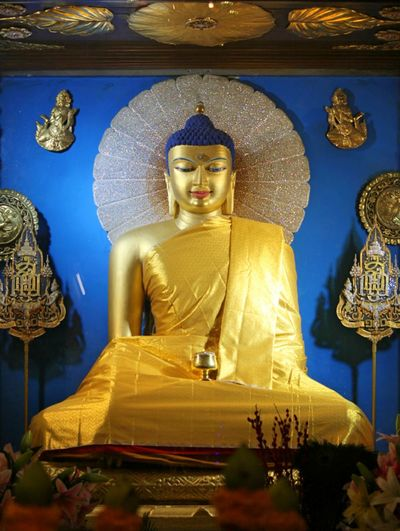 Golden Buddha Human Representation Male Likeness Representation Sculpture Religion Art And Craft Belief Spirituality Statue Architecture No People Indoors  Gold Colored Place Of Worship Idol Creativity Craft Ornate