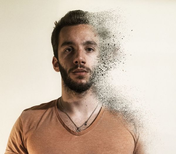 Avengers Selfportrait Man Young Adult Infinity Selfportrait Avengers Portrait Pixelated Looking At Camera Studio Shot Headshot Close-up Textured Effect Dissolving Colliding Pretty