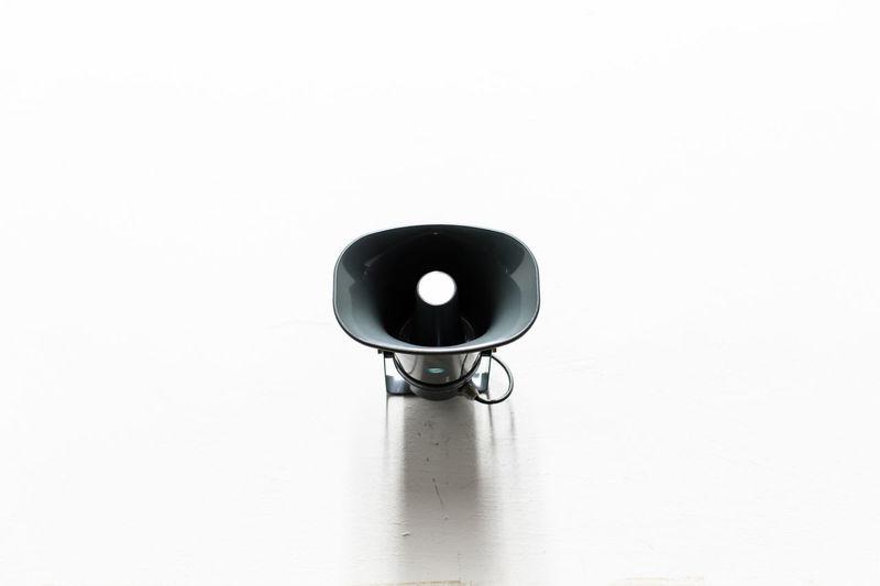 Alarm / (c) Nidal Sadeq Analogue Bunker Dj Hooter Noise Sound Wall Alarm Break Day Factory Film Industry Horn Indoors  Loud Loudspeaker No People Pause Prison School Siren Speaker White Background