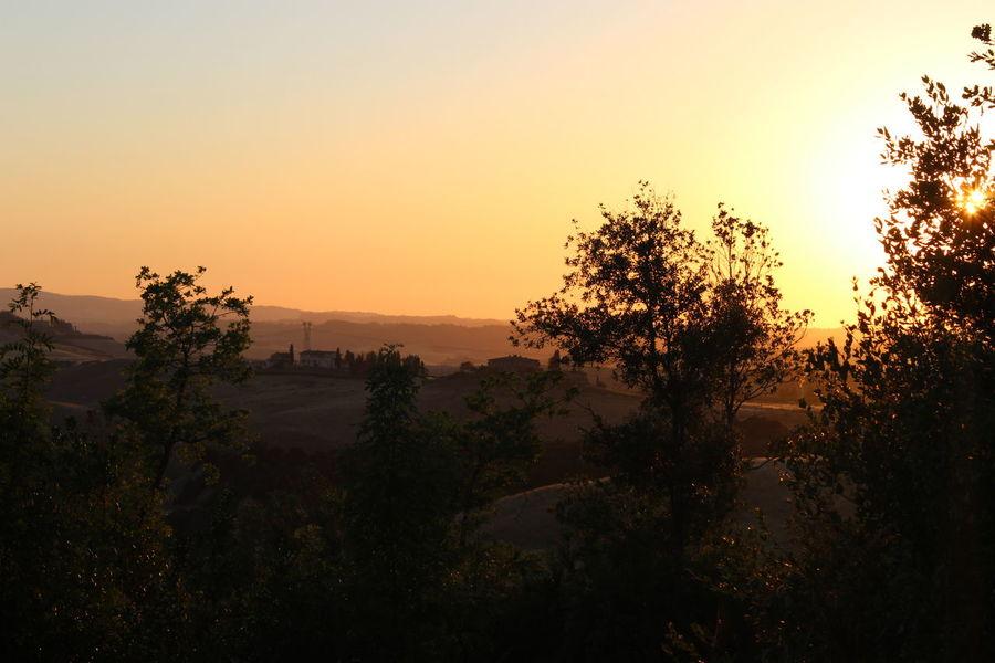 Summer Exploratorium Summertime Clear Sky Idyllic Italy Landscape Landscapes Orange Color Sky Sun Sunset Tranquil Scene