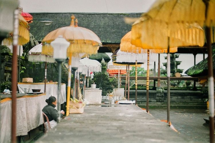Somewhere in the temple Outdoors Day NikonFM2 Streetphotography Fujifilmindustrial Filmphotography Analogue Photography 35mm Film Filmcamera 35mm Cultures People Architecture Pray Temple