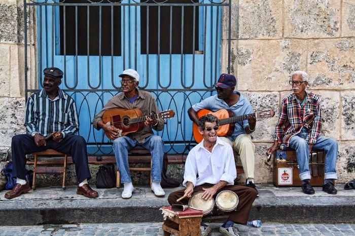 La Habana, Cuba Live Music People Watching Streetphotography
