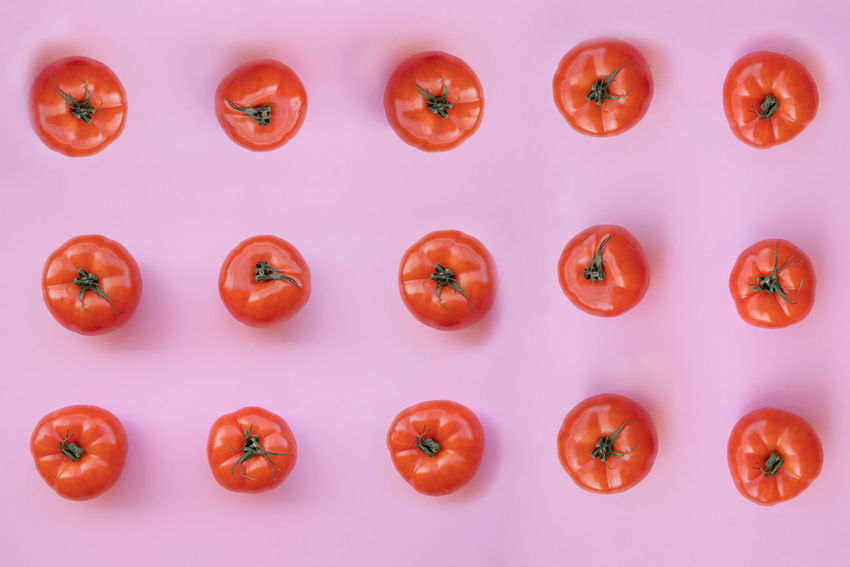 Arrangement Backgrounds Directly Above Food Food And Drink Freshness Fruit Full Frame Healthy Eating In A Row Indoors  No People Order Red Repetition Ripe Side By Side Still Life Studio Shot Tomato Vegetable Wellbeing