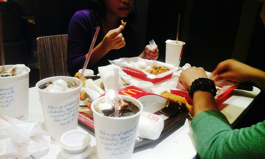 Food Trip McDonald's Enjoying Life Hanging Out Relaxing
