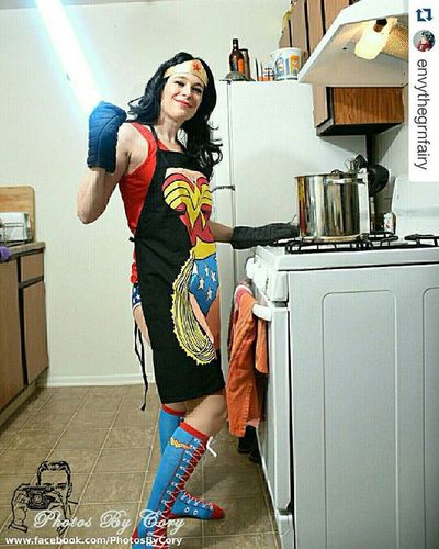 Have you visited @envythegrnfairy page? You should she's amazing! She says: Happy Wonder Woman Wednesday! Who wouldn't want to cook with a light saber? Wonderwoman Underoos Fairyhugs Cosplay Lightsaber Wonderwomanwednesday