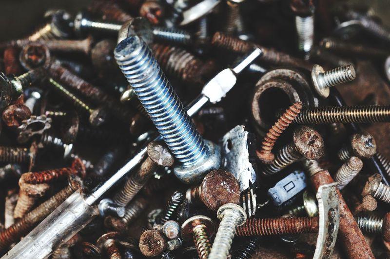 Full frame shot of metal chain