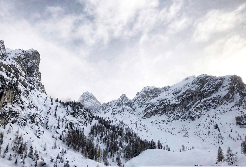axamer lizum EyeEmNewHere Innsbruck Austria EyeEm Selects Mountain Beauty In Nature Nature Snow Day Low Angle View Outdoors Winter No People Cold Temperature Mountain Range Snowcapped Mountain EyeEmNewHere