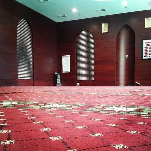 Praying helps you recharge you imaan Islam Religion Of Peace